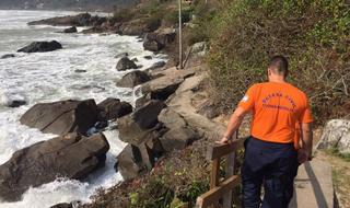 Prefeitura decreta situação de emergência nas praias do Sul da Ilha