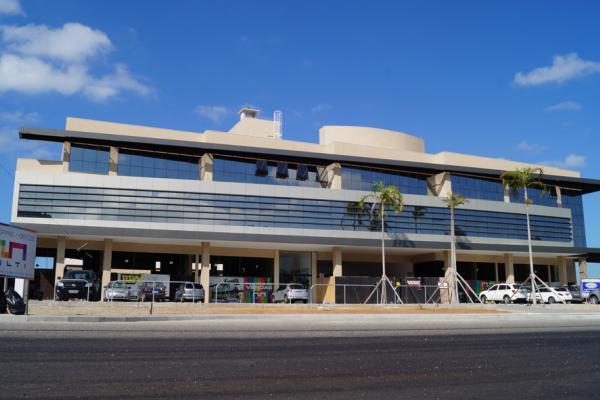 Fachada do MULTI Open Shopping + Open, no Rio Tavares.