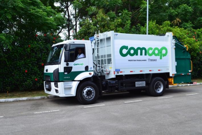 Trabalhadores da Comcap suspendem greve da coleta de lixo
