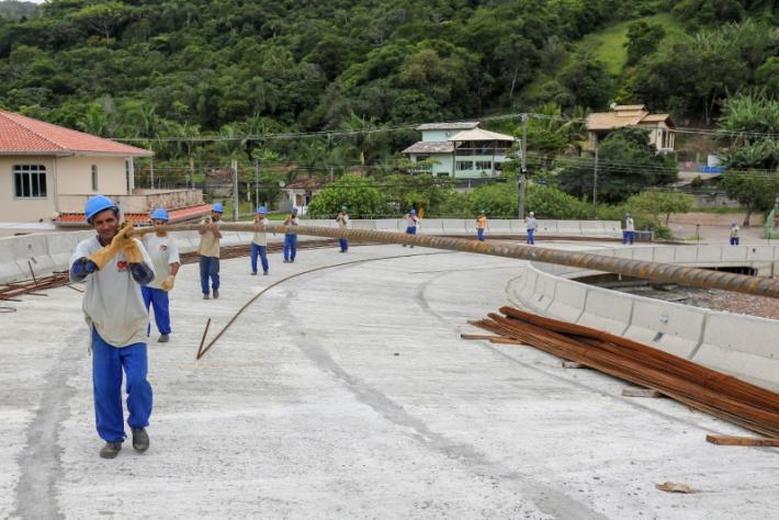 Obras do Elevado do Rio Tavares