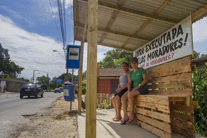 Abrigo construído pela comunidade de Rio Tavares