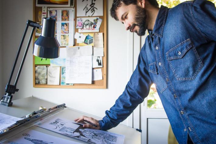 Ilustrador cria História em Quadrinhos sobre Franklin Cascaes