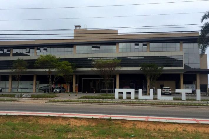 Paisagismo deixa MULTI Open Shopping + Offices ainda mais bonito